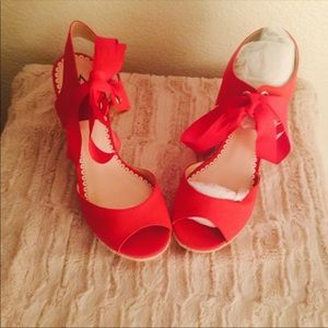 Red strappy wedge